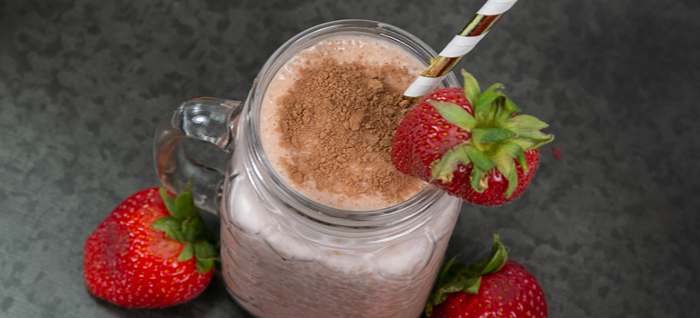 Chocolate-dipped Strawberry Protein Smoothie