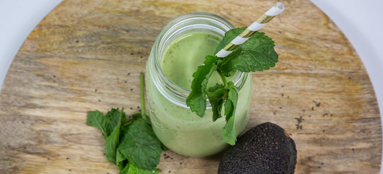 Clean & Green Mint Protein Smoothie