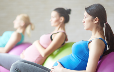 women working out while pregnant