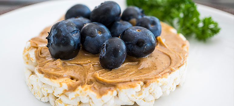 BLUEBERRY RICE CAKES